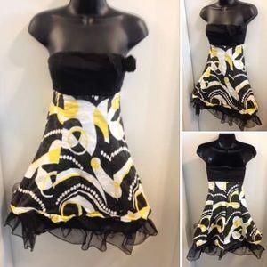 Cute as a 🐝 Dress, Suggest XS 🌼$1 ADD ON
